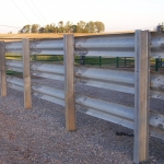 Clean posts, solid fence wall, very strong – this thing will last on and on.